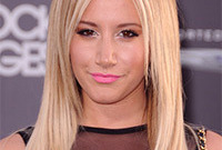 Ashley-tisdale-is-having-a-makeup-off-day-side